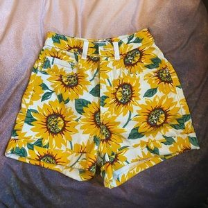 American Apparel Sunflower Shorts High Rise